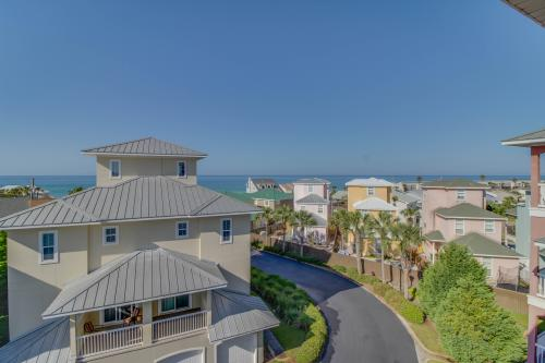 Family Matters at the Beach  -  Vacation Rental - Photo 1