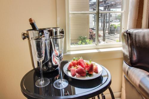 Fredericksburg Bed And Breakfasts Cabin Rentals Vacasa