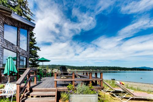 Swifts Bay Beach House with mooring -  Vacation Rental - Photo 1