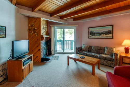 Wildernest Treehouse  -  Vacation Rental - Photo 1
