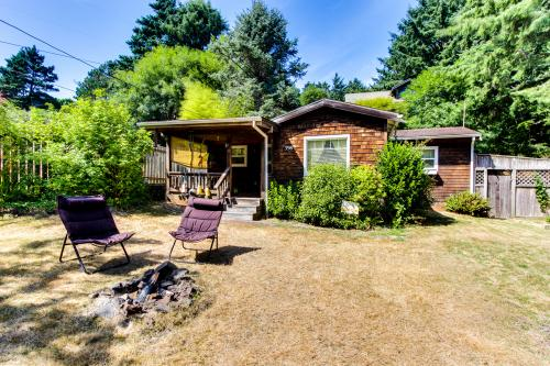 The Peanut and Coop Beach House - Cannon Beach, OR Vacation Rental
