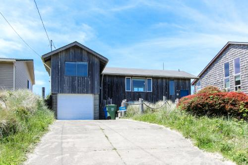 The Nautical House - Waldport, OR Vacation Rental