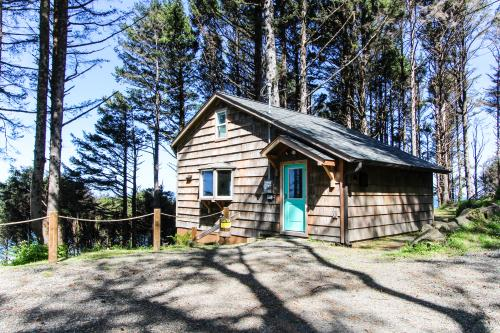Shelley Family Cabin - Yachats, OR Vacation Rental