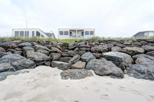 Sand Castle 2 - Rockaway Beach Vacation Rental