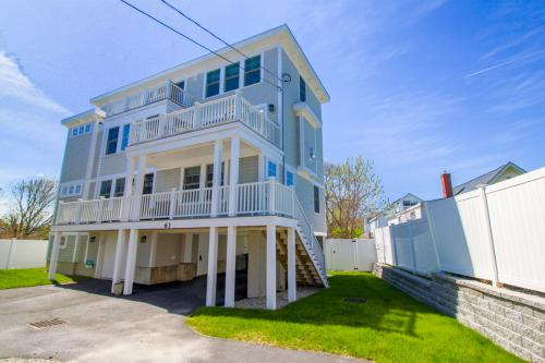 At Ease On Long Sands -  Vacation Rental - Photo 1