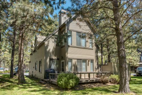 29 Eaglewood Condo - Sunriver, OR Vacation Rental