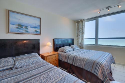 Castle Beach: Flamingo Condo - Miami Beach, FL Vacation Rental