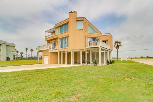 The Holiday House -  Vacation Rental - Photo 1