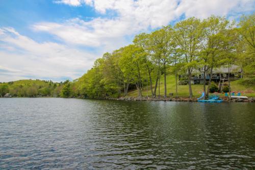 The Lake House -  Vacation Rental - Photo 1