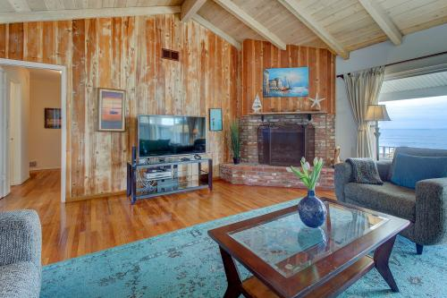 Pelican House  -  Vacation Rental - Photo 1