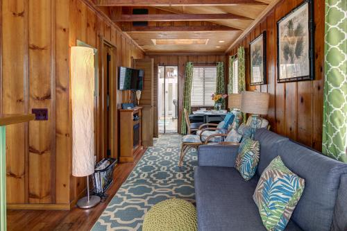 Cottage By The Sand - San Diego, CA Vacation Rental