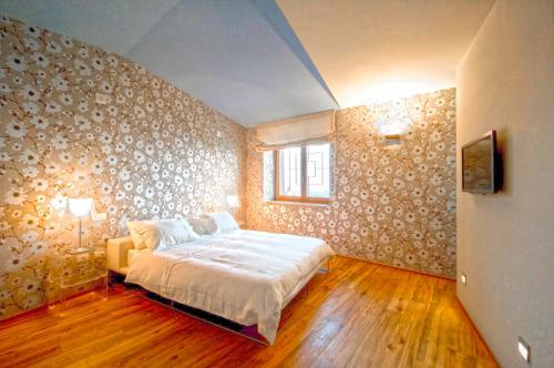 Apartment Avorio - Morro d'Alba, Italy Vacation Rental