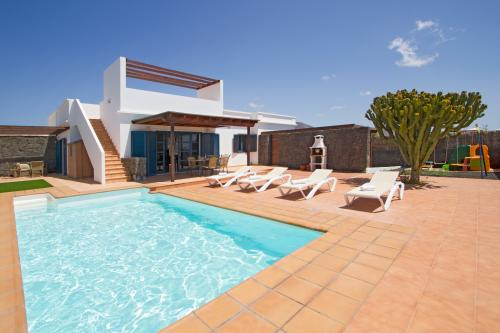 Villa Alegranza - Playa Blanca, Spain Vacation Rental