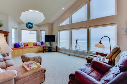 Coastal Repose - South Beach, OR Vacation Rental