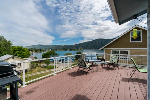 Blue Water Pool House -  Vacation Rental - Photo 1