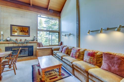 Feather Ridge -  Vacation Rental - Photo 1