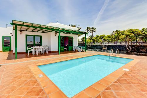 Villa Maciot - Playa Blanca, Spain Vacation Rental