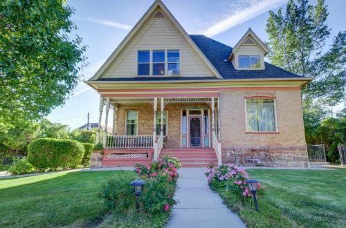 Historical Higbee House - Downstairs Apartment - Cedar City, UT Vacation Rental