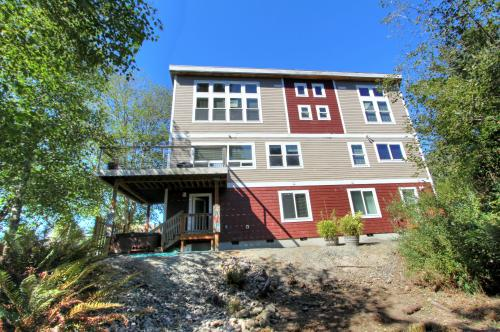 Necanicum Retreat - Seaside, OR Vacation Rental