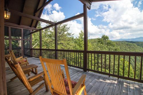 Rocky Top Jewel Cabin - Townsend, TN Vacation Rental