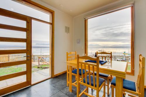 Casa Costera en Puerto Natales - Puerto Natales, Chile Vacation Rental