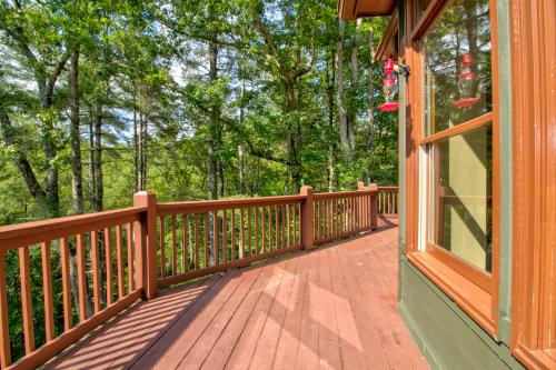 The Bird and  the Bear - Talking Rock, GA Vacation Rental