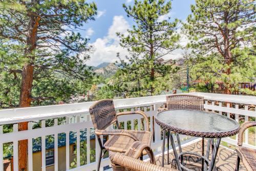 Hilltop Cottage Retreat -  Vacation Rental - Photo 1