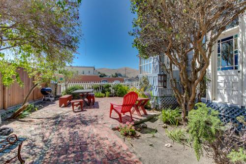 The Captain's Quarters - Cayucos, CA Vacation Rental