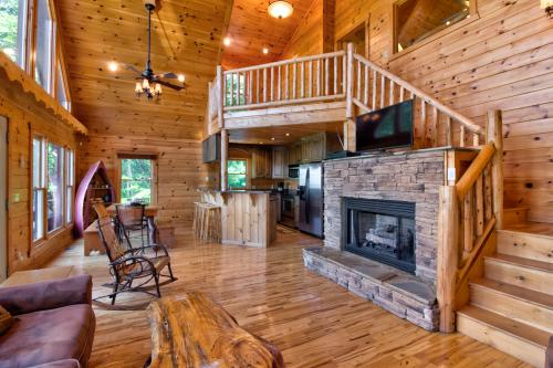 Moon Kiss - Blue Ridge, GA Vacation Rental