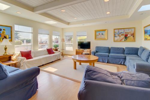 Seastar Estate -  Vacation Rental - Photo 1