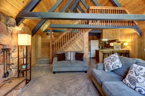 Fern Valley Chalet -  Vacation Rental - Photo 1