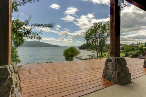 Kootenai Bay Retreat - Sandpoint, ID Vacation Rental