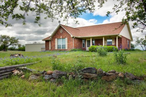 Llano Country House  - Llano, TX Vacation Rental