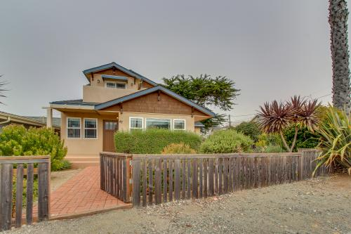 Nautical Nook - Cayucos, CA Vacation Rental