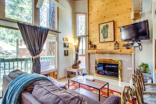 Saddle Road Condo - South Lake Tahoe, CA Vacation Rental