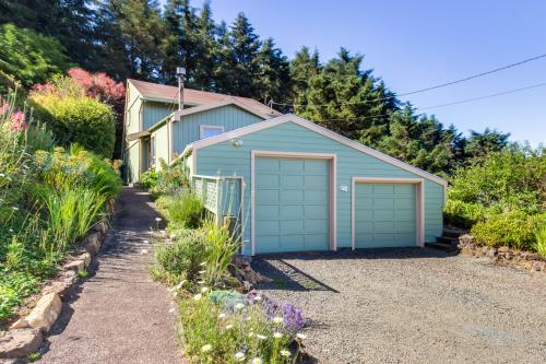 Rocky Creek - Depoe Bay, OR Vacation Rental