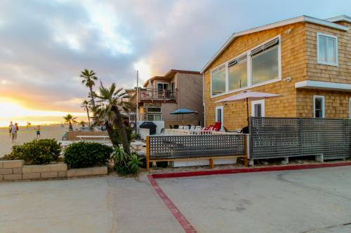 BeachNuts - Newport Beach, CA Vacation Rental