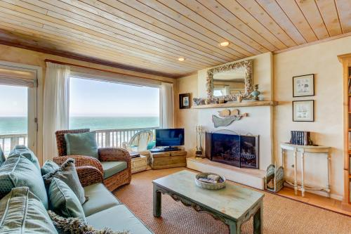 Oceanfront Delight - Cayucos, CA Vacation Rental
