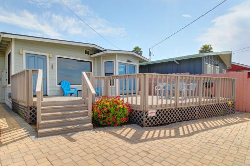 Seaside Satisfaction -  Vacation Rental - Photo 1