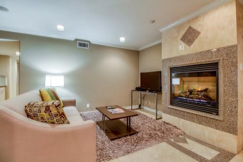 Newport Beach Summer Escape - Newport Beach, CA Vacation Rental