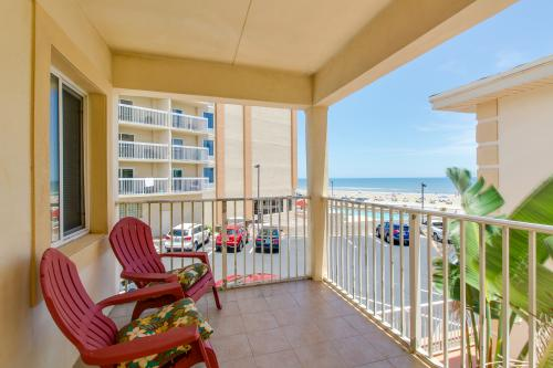 Dolphin Bay #3 -  Vacation Rental - Photo 1