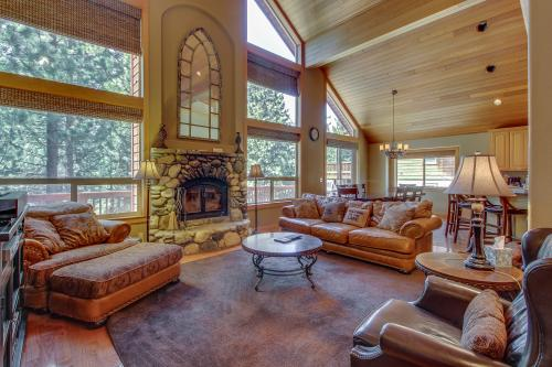 Wolfgang Family Retreat -  Vacation Rental - Photo 1