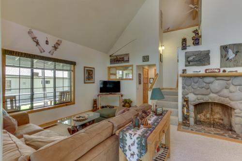 Circle 4 Ranch 31 | Discover Sunriver -  Vacation Rental - Photo 1