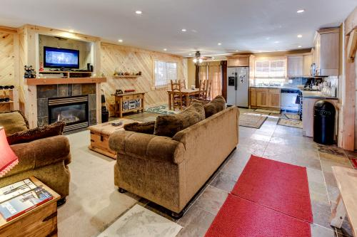 Tamarack Mountain Home* -  Vacation Rental - Photo 1