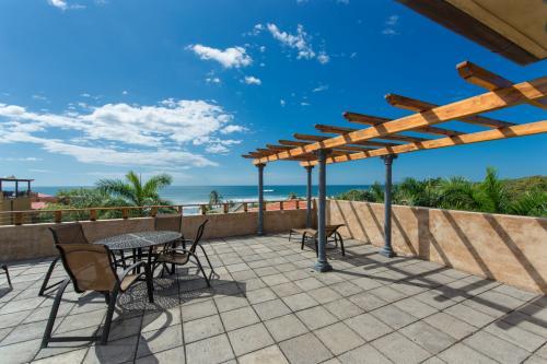 Amanpuri 4 - Playa Langosta, Costa Rica Vacation Rental