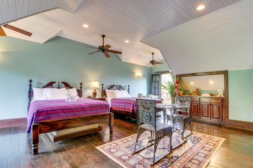Monkey Suite @ Mahogany Hall  - San Ignacio, Belize Vacation Rental