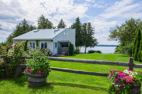 Sunset Beach - South Hero, VT Vacation Rental