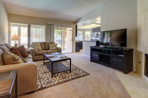 Buttercup Delight - La Quinta, CA Vacation Rental