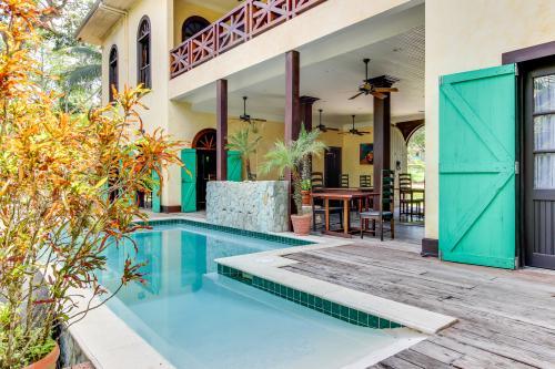 Colonial Suite @ Mahogany Hall - San Ignacio, Belize Vacation Rental
