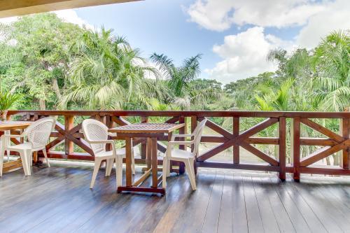 Parrot Room @ Mahogany Hall  - San Ignacio, Belize Vacation Rental